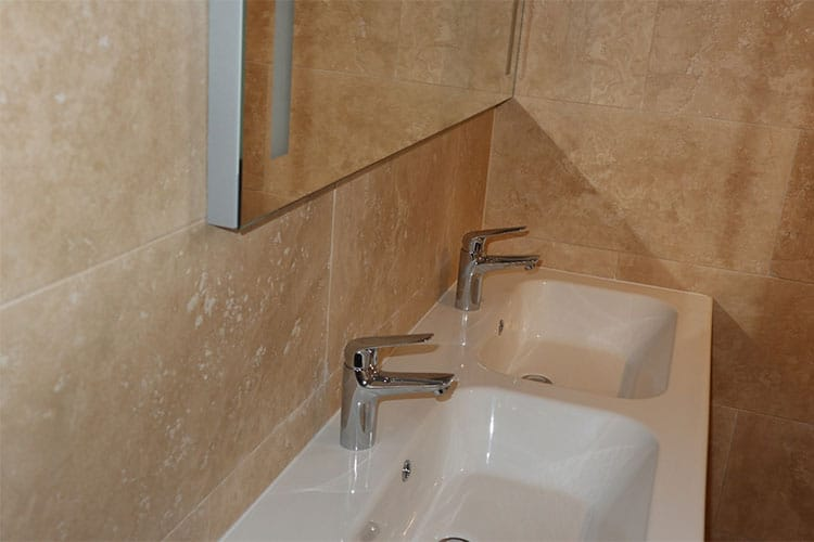 Dallage-travertin-canelle-new-loft-2